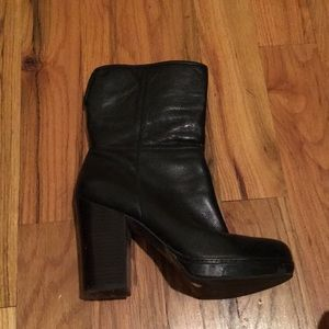 Banana Republic Leather Platform Boot